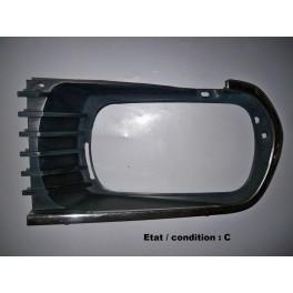 Left headlight surround CPIO 718G (radiator grill)
