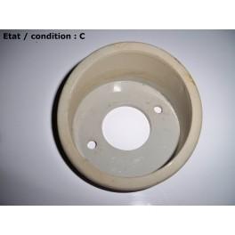 Light grey right indicator light surround